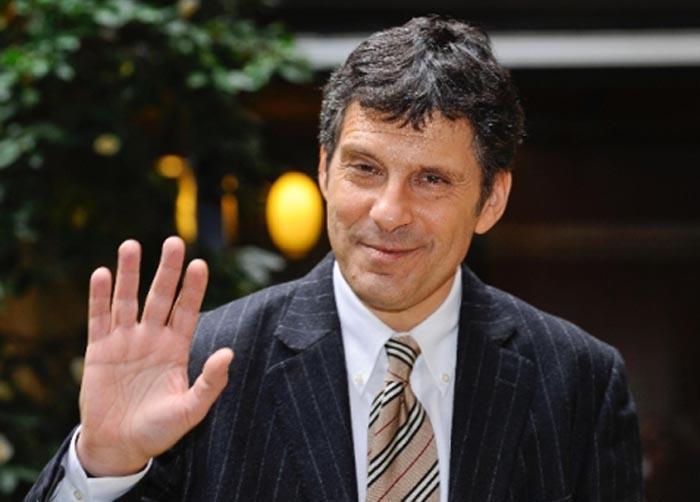 """Fabrizio Frizzi: """"Il mio gommone nel Cilento è la vacanza ideale"""""""