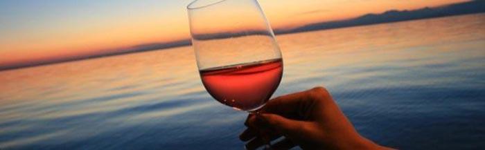 Otranto, concorre il vino che ha rapito il colore all'alba