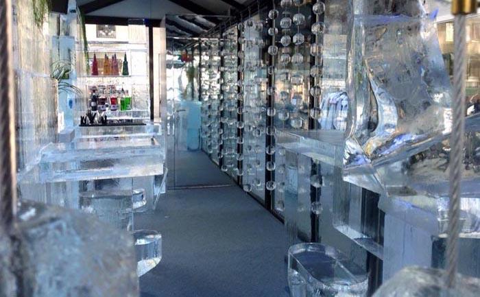 Milano, un aperitivo ghiacciato