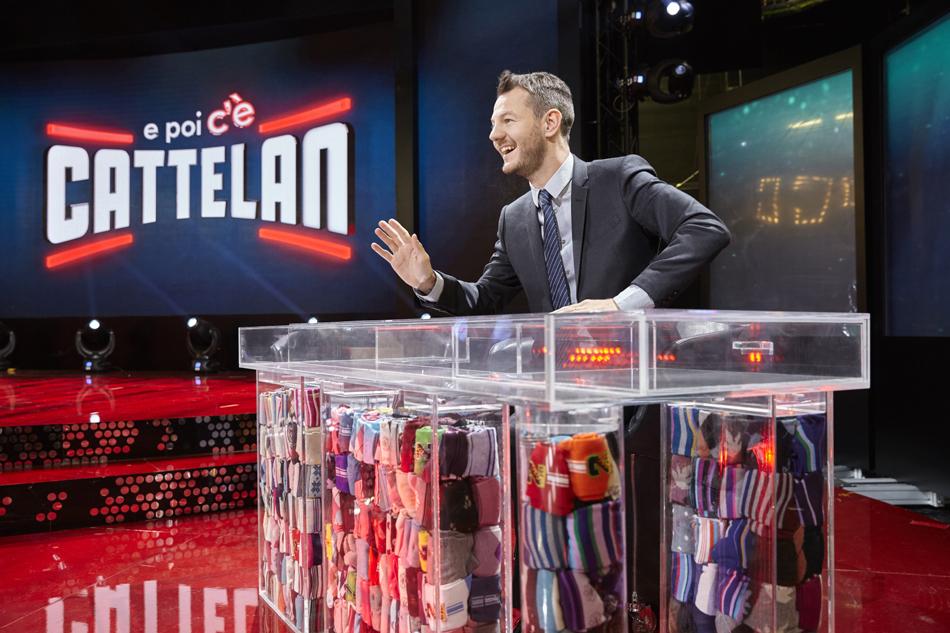 """Alessandro Cattelan: """"Viaggiare? Il modo migliore di spendere soldi"""""""