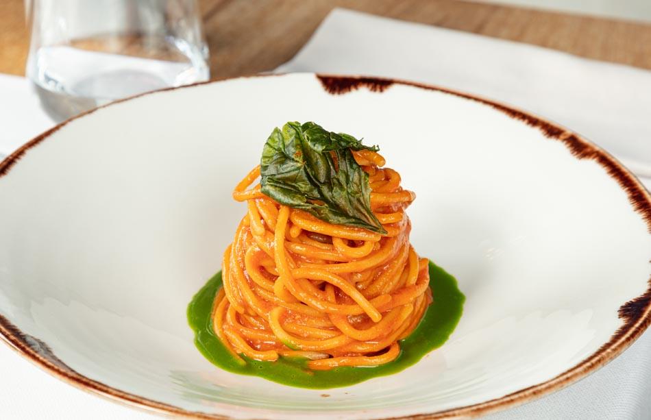 Terrazza Triennale, ostriche e semplicità nel nuovo menù
